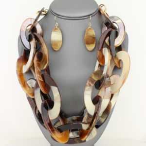 Jewelry - Brown Tortoise Double Link Necklace